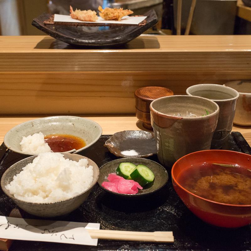 しおやで天ぷらランチ