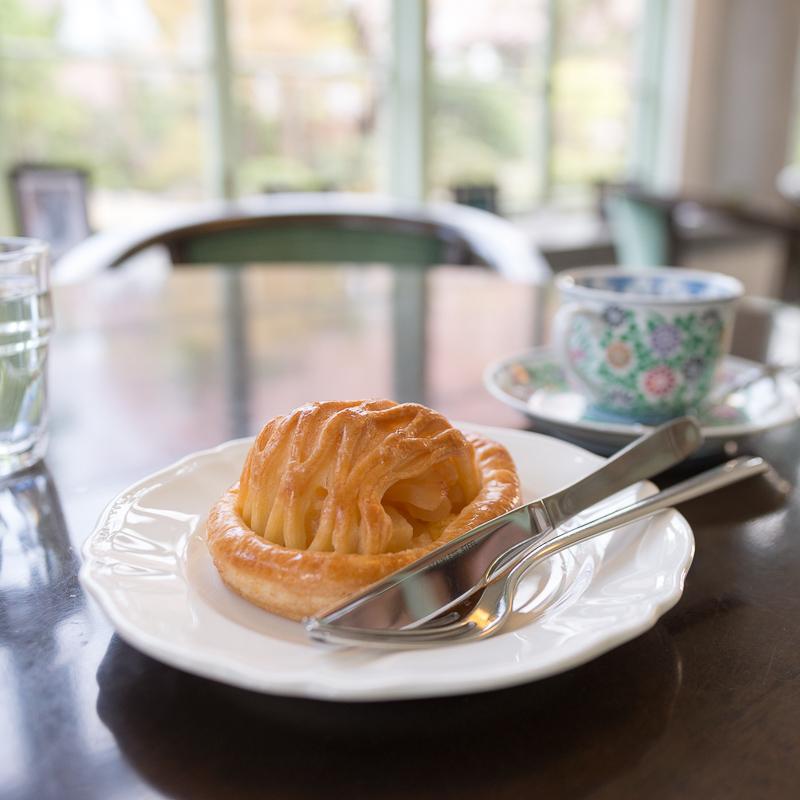 藤田記念庭園でアップルパイ