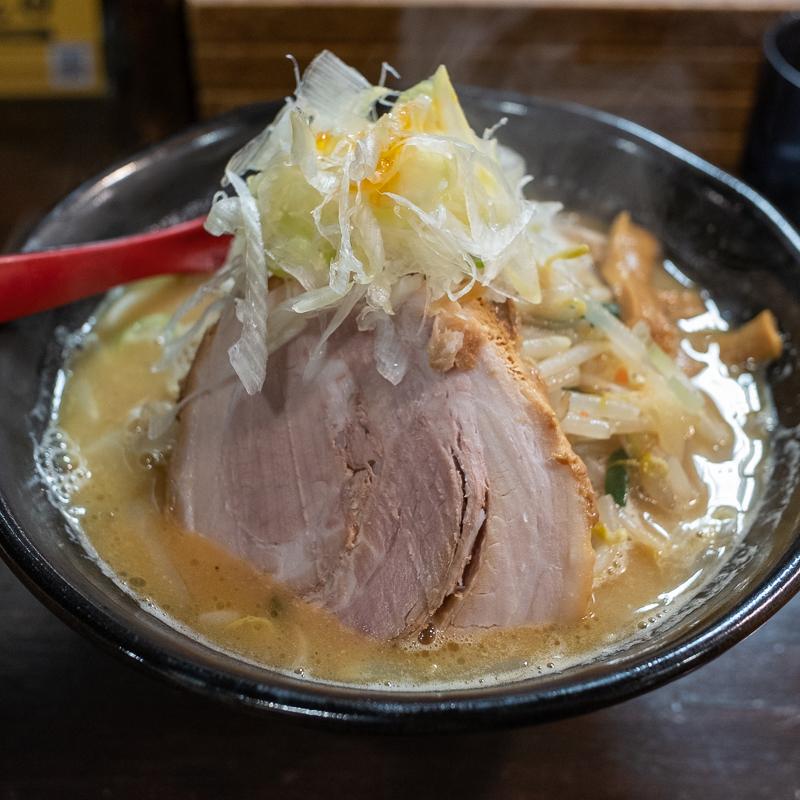 麺処 花田で味噌ラーメン